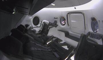SpaceX Crew Dragon bei der ersten unbemannten Mission