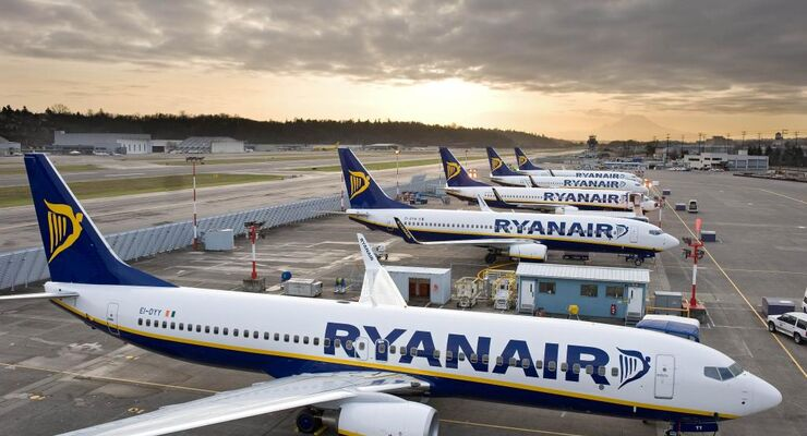 Brexit-Probleme und Boeing-Ausfall: Ryanair könnte Hunderte Stellen streichen